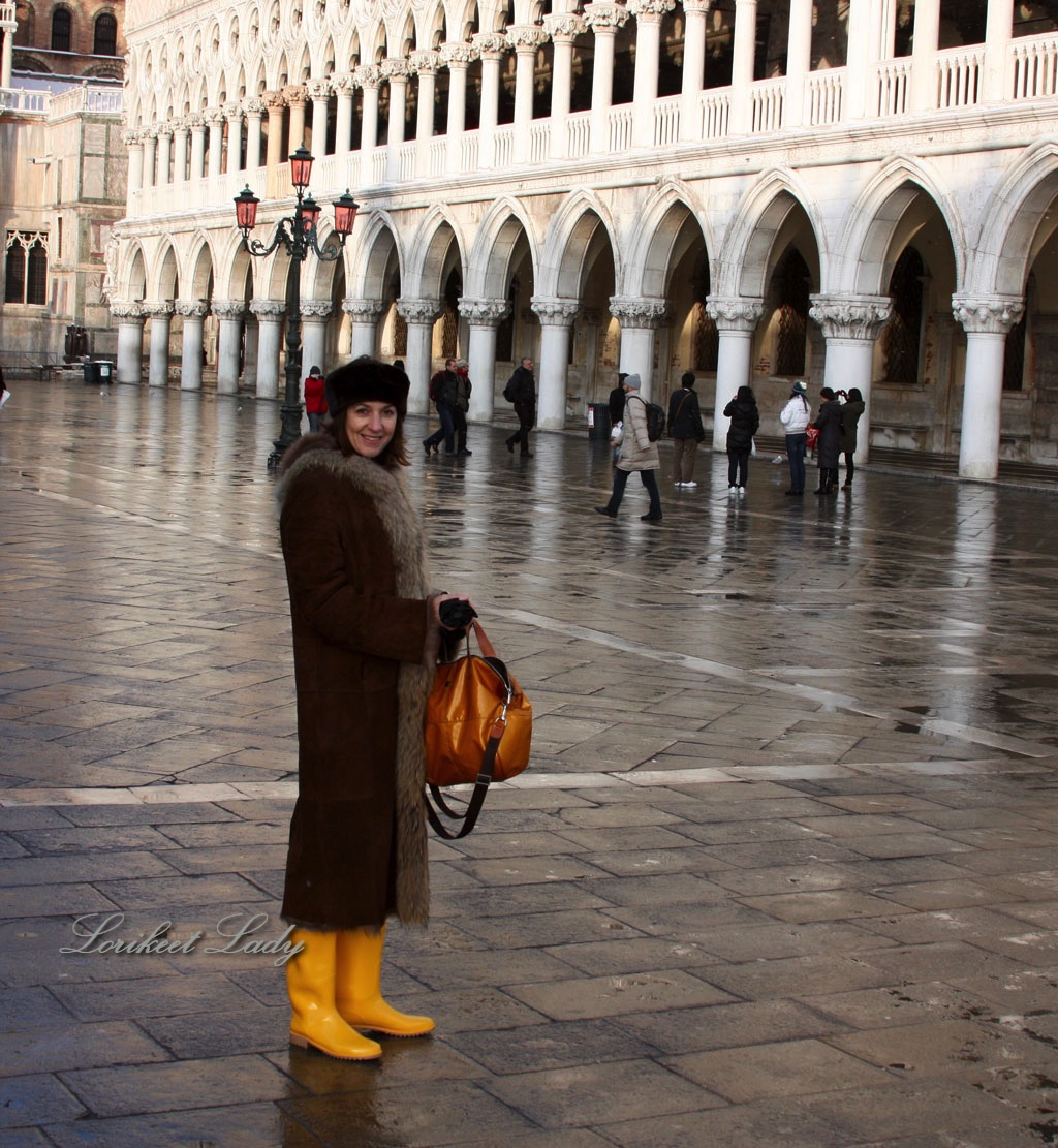 Susie in St Mark's Sq, in wellies – Version 2