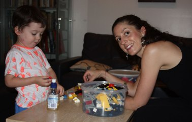 Web-Jemma-&-Harry-with-Lego