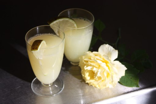 Web-lemonade-with-rose-2