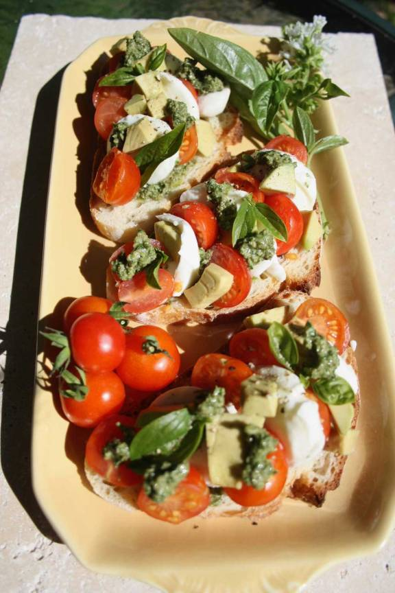 Web_chickeed-bruschetta